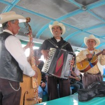 What wopuld a ferry ride be without Mariachis